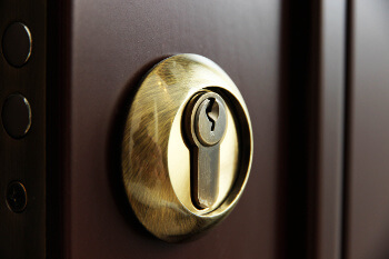 Locksmith for deadbolt locks Austin